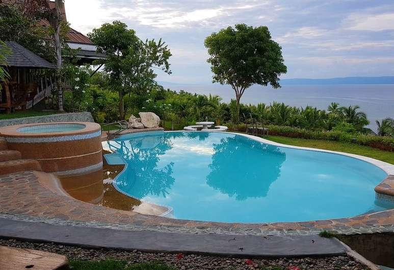 Pool at CangDoki Resort and Dive Camp