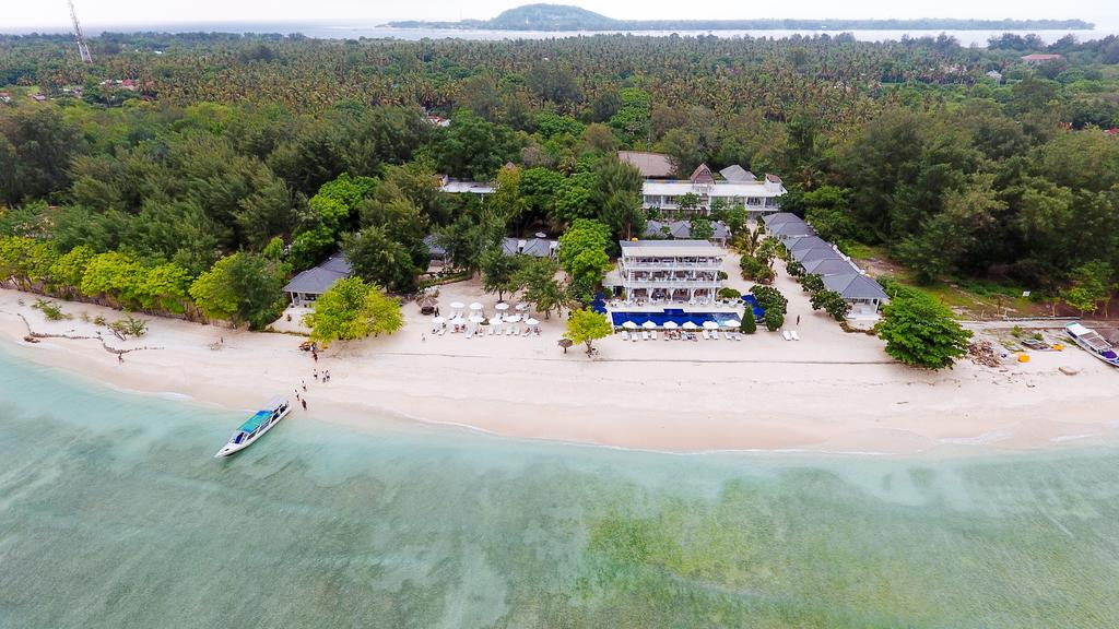 Seri Resort on Gili Meno