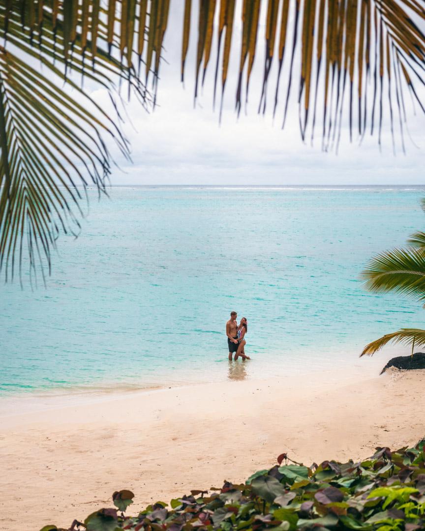 Aitutaki couple shot