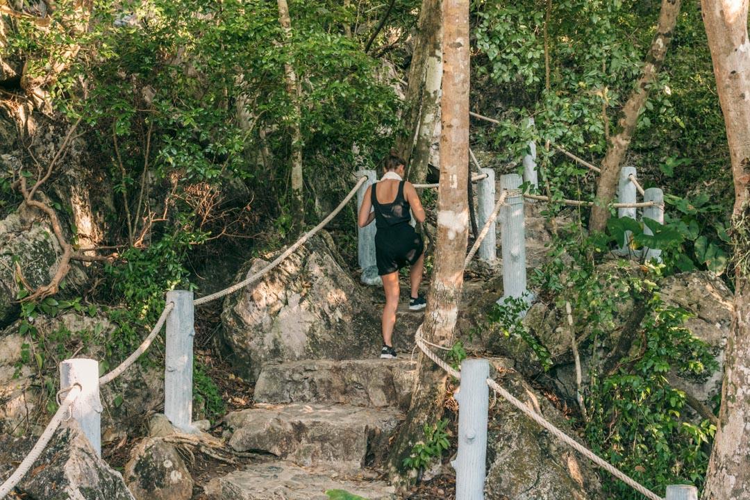 Top viewpoint stairs Ang Thong