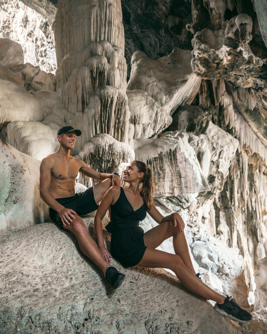 Alex & Victoria in the Bua Bok Cave