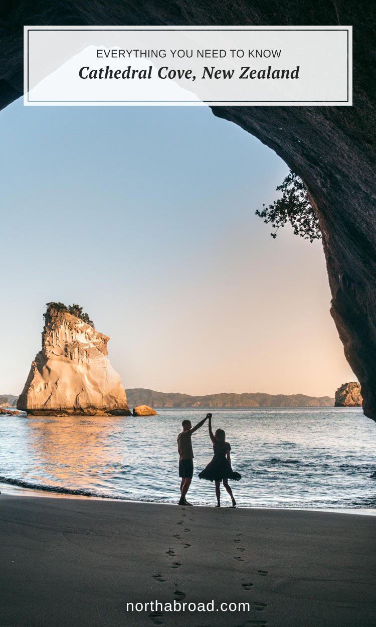 Everything you need to know about the famous Cathedral Cove on the North Island in New Zealand #newzealand #travel #northisland #coromandel