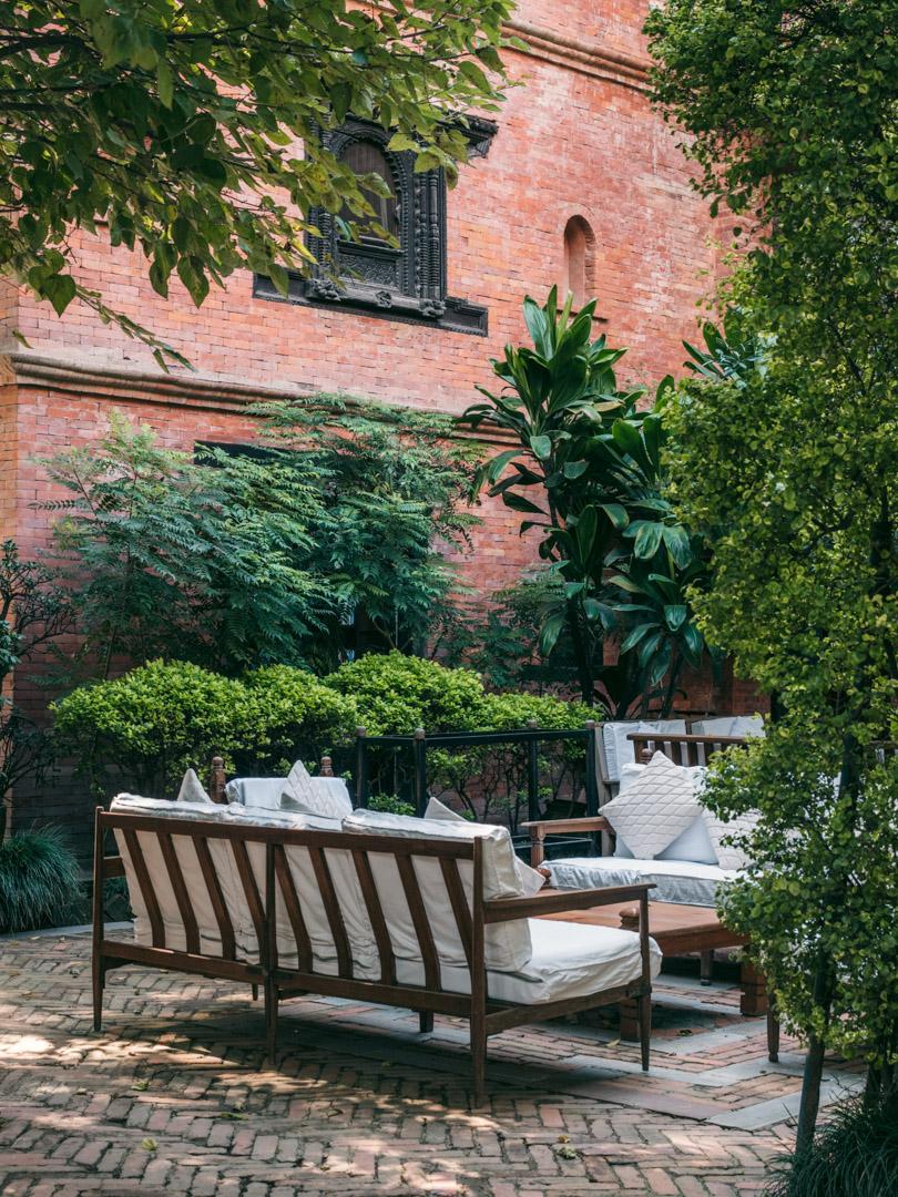 dwarikas hotel kathmandu courtyard