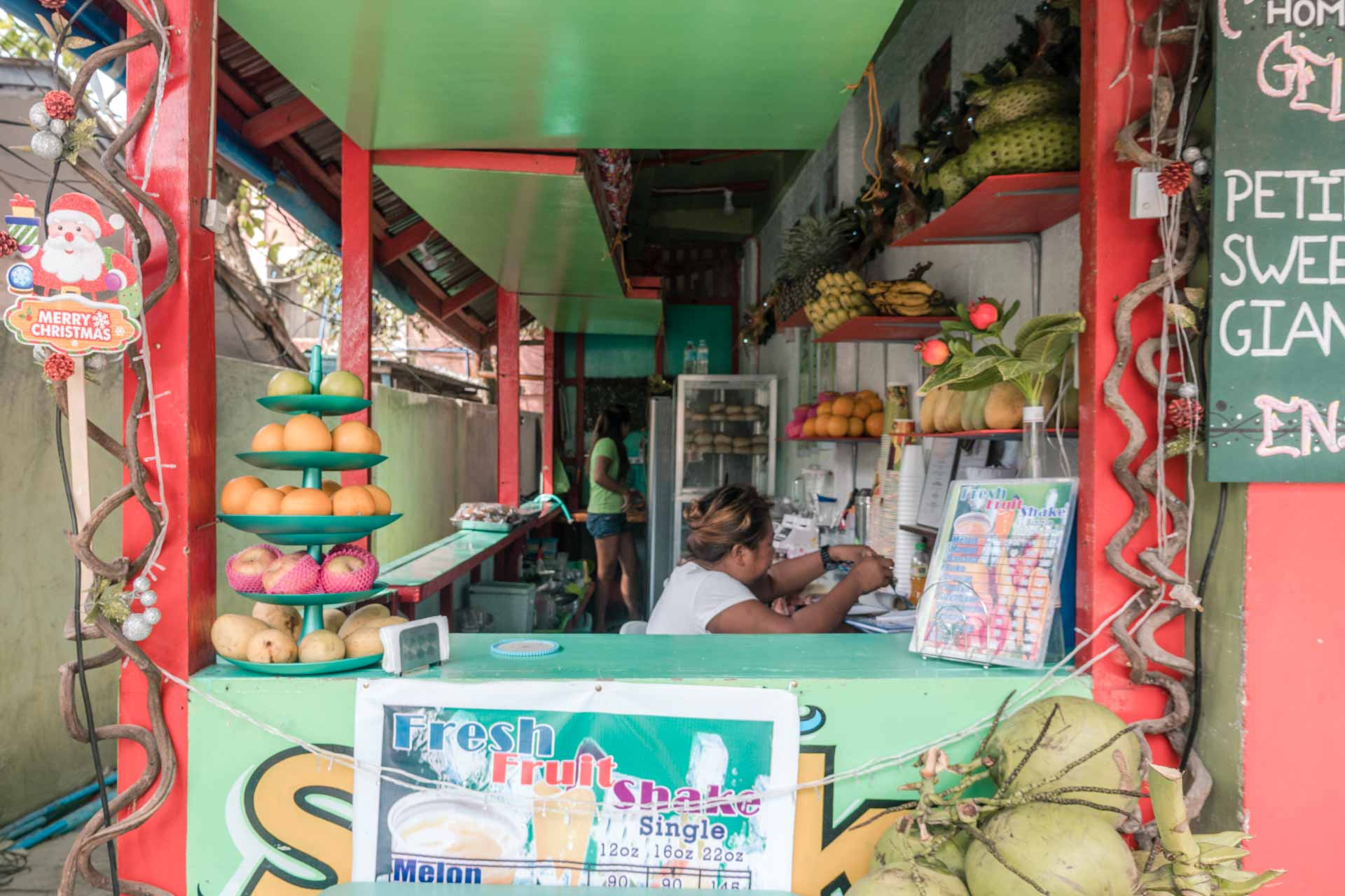 Fruit shakes in El Nido