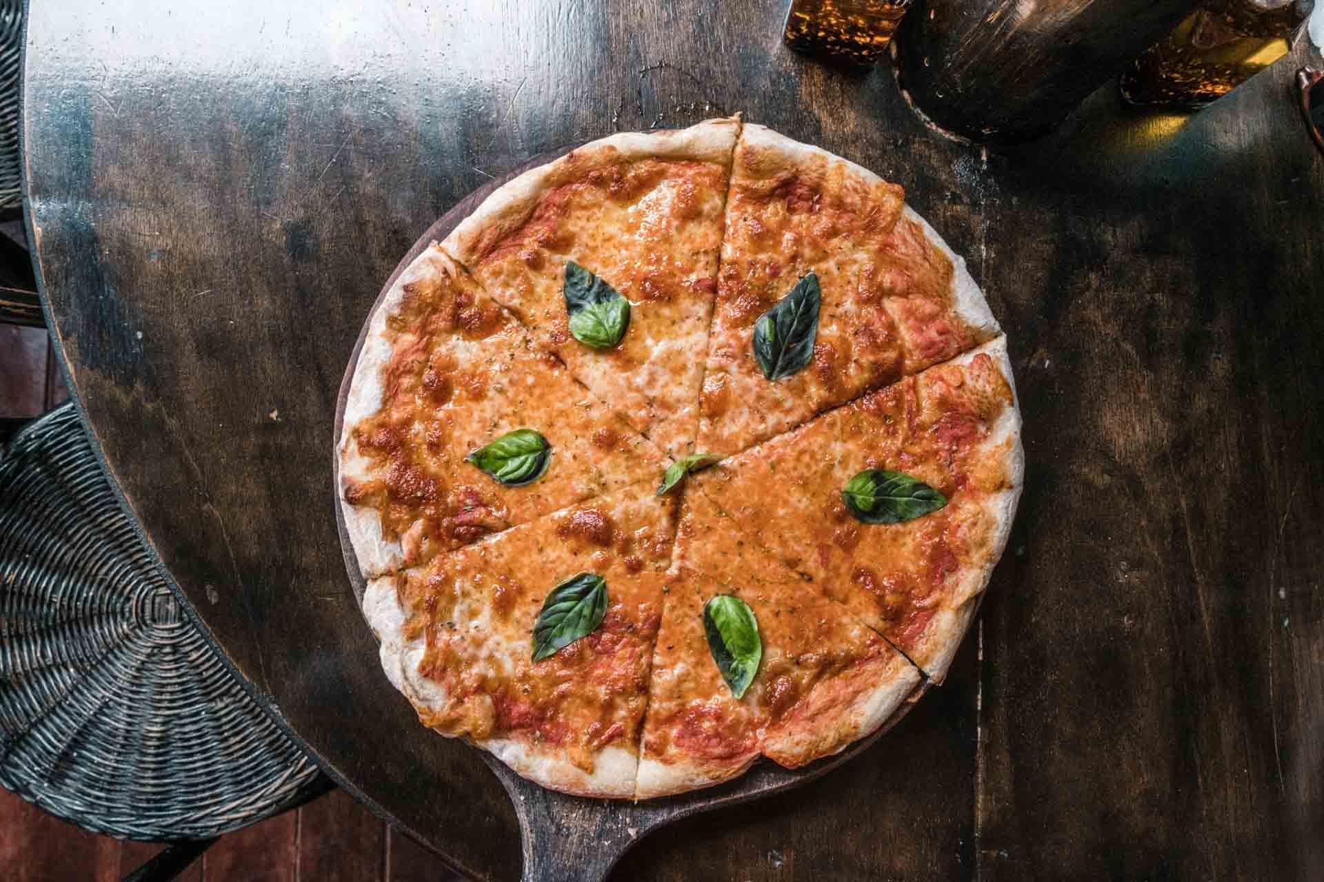 Pizza from Altrove