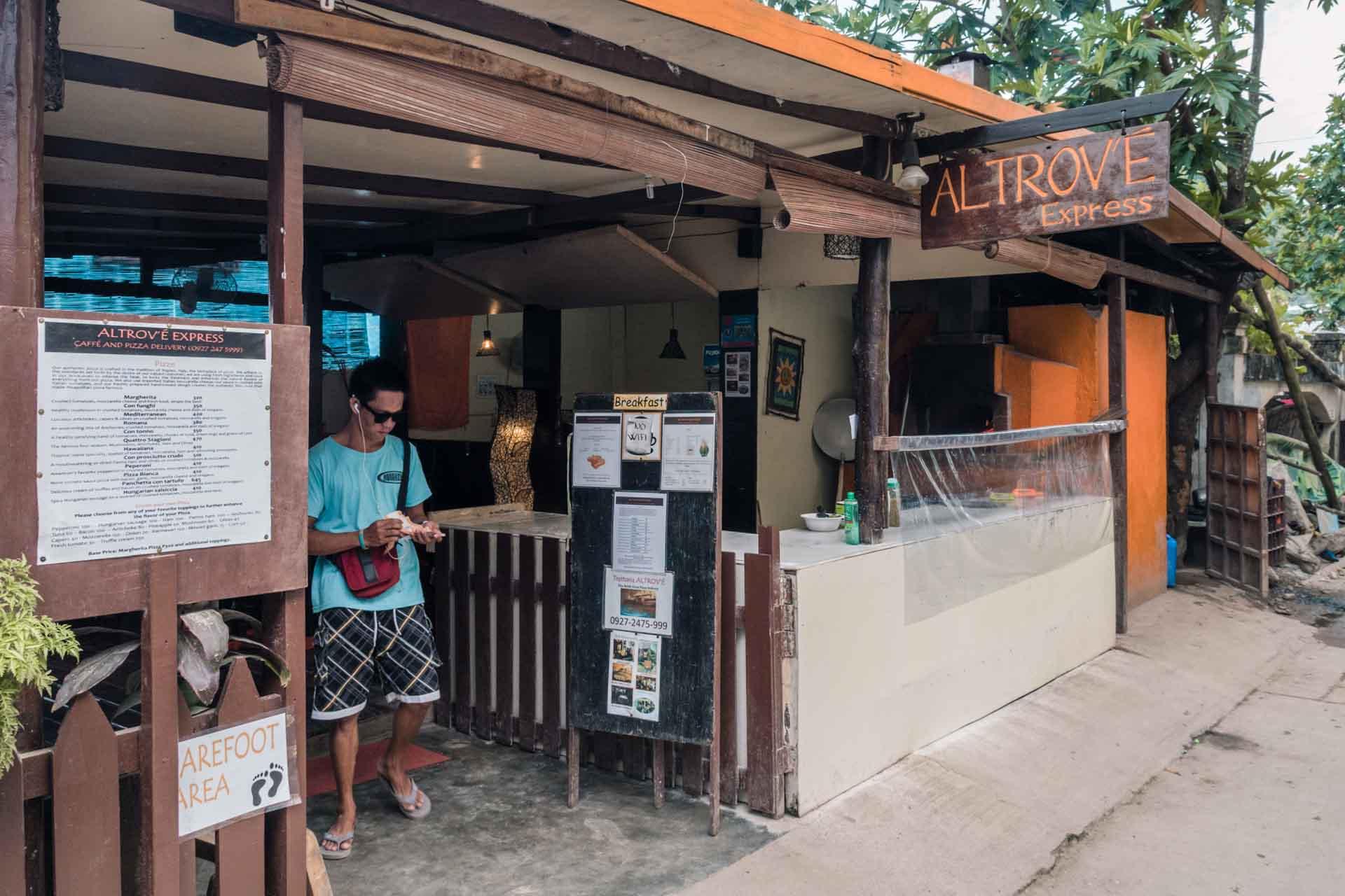 Pizza Altrove in El Nido Town