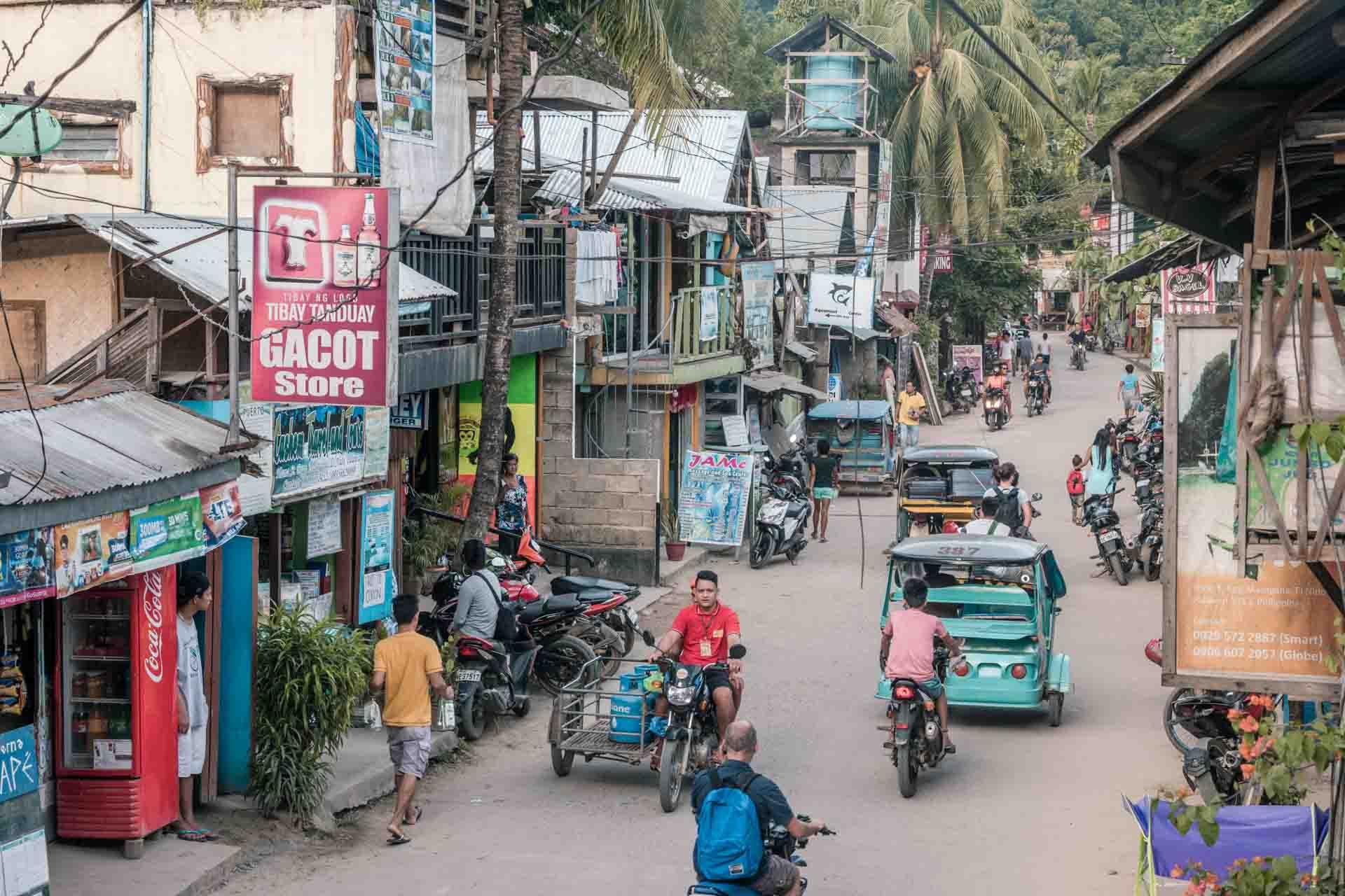 Traffic in El Nido Town
