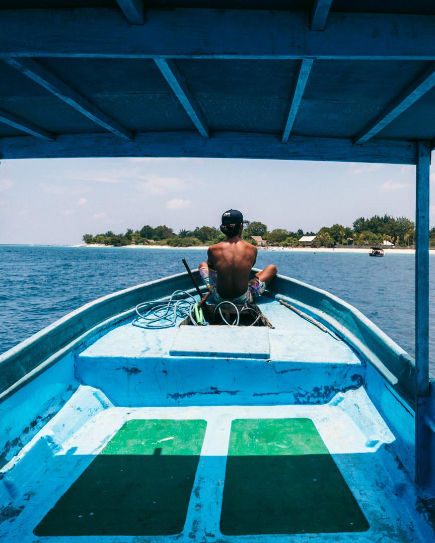 Private boat to Gili Meno