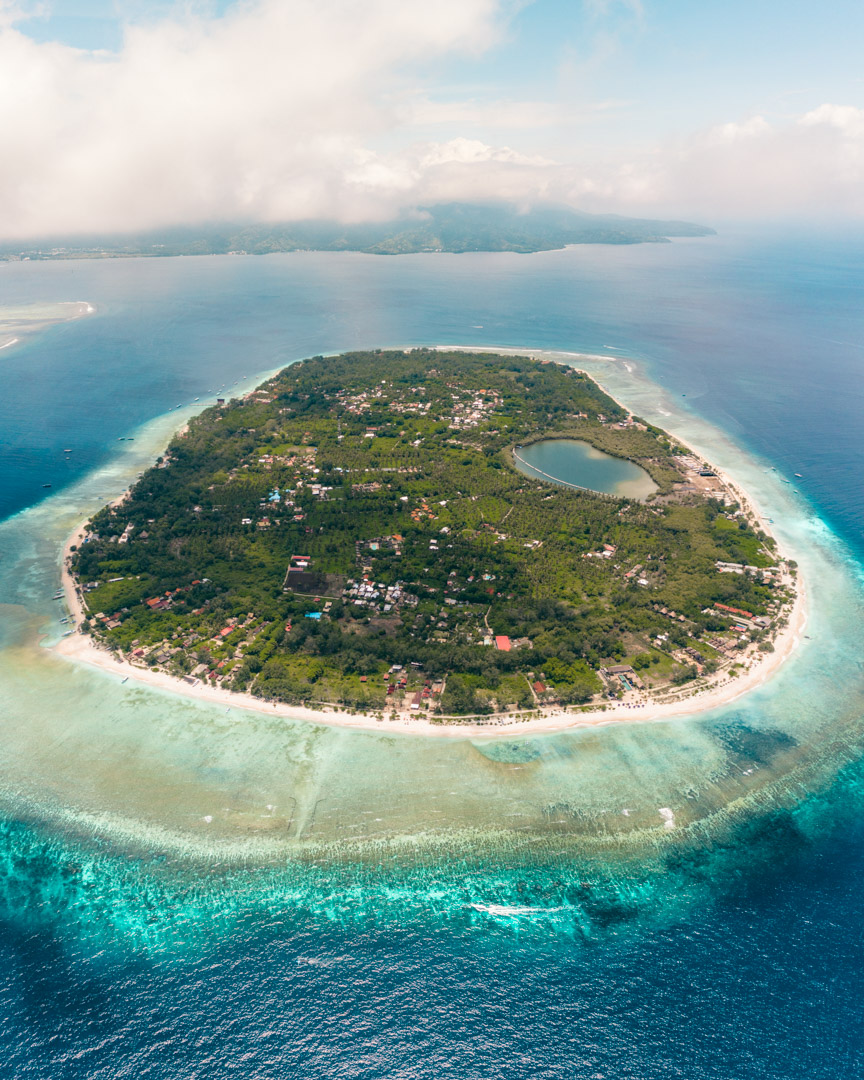 Gili Meno from the air