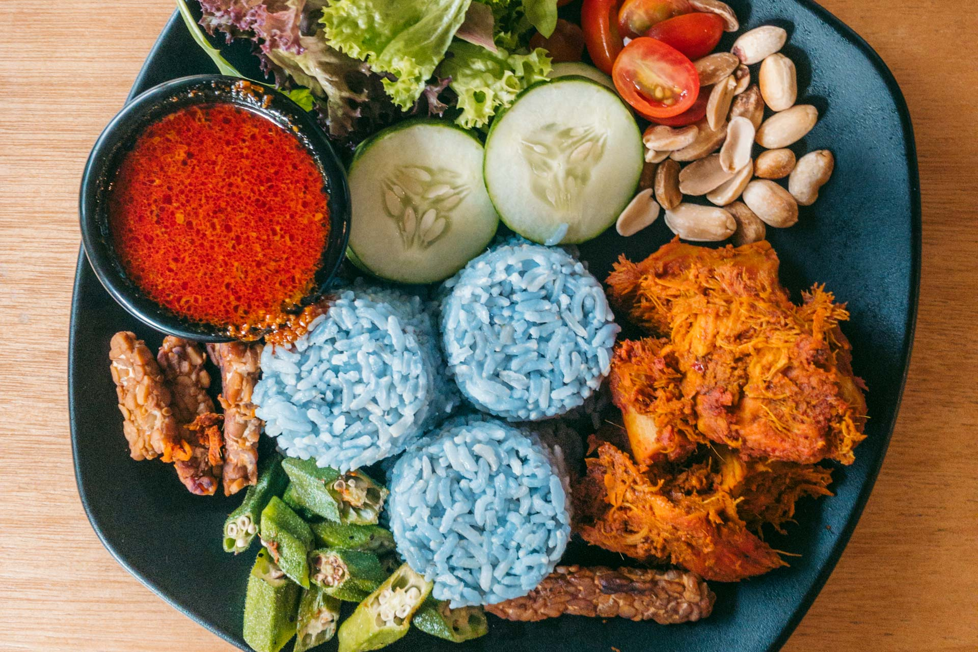 A Vegan Eating Guide to Kuala Lumpur in Malaysia: The Best Restaurants & Cafés