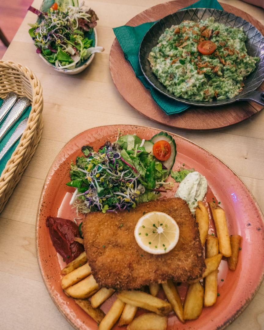 Vegan schnitzel at Max Pett