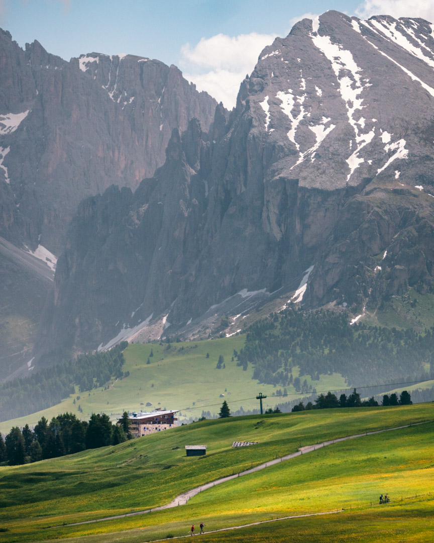 Paradiso in Seiser Alm with mountains
