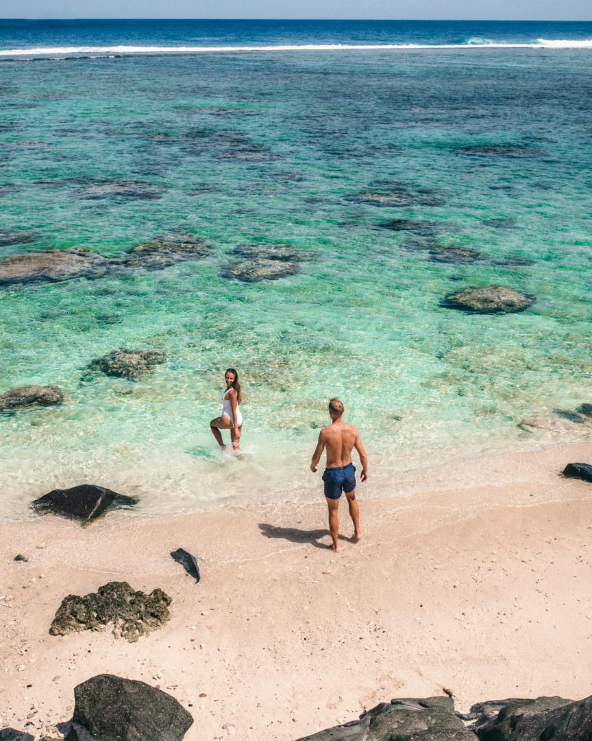 Alex & Victoria in Rarotonga