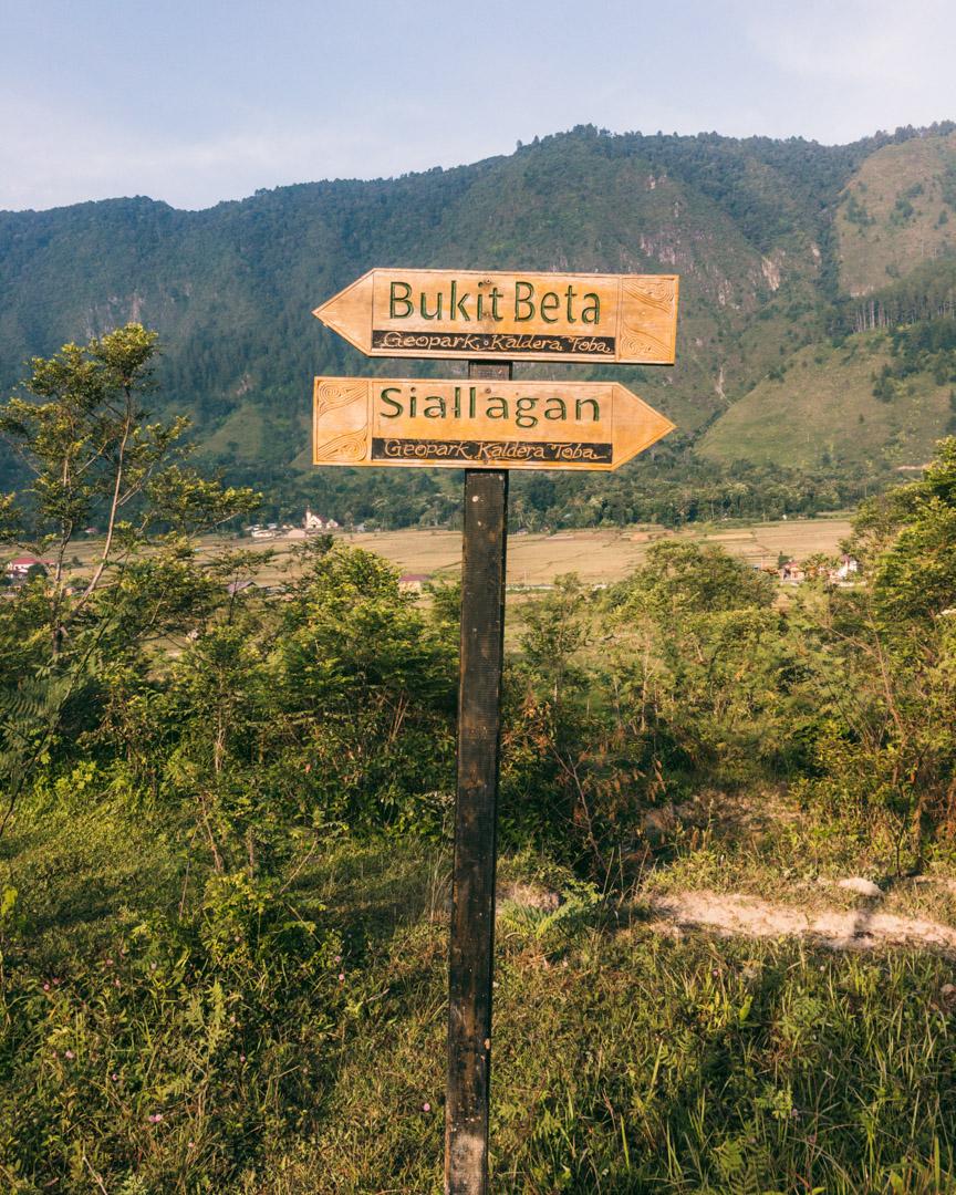 Hiking routes near Tuk Tuk