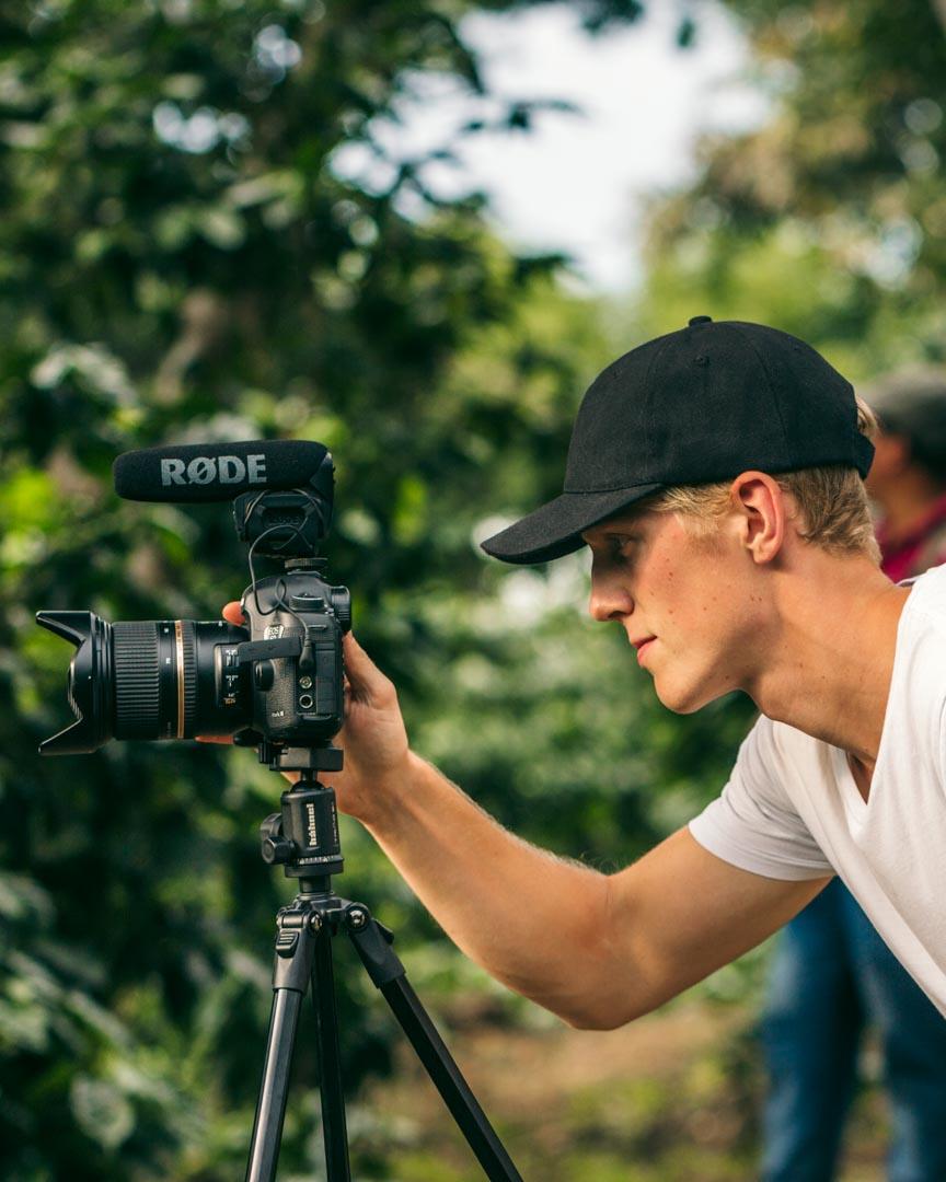 Alex filming on one of Jan-Carlo's farms in El Salvador