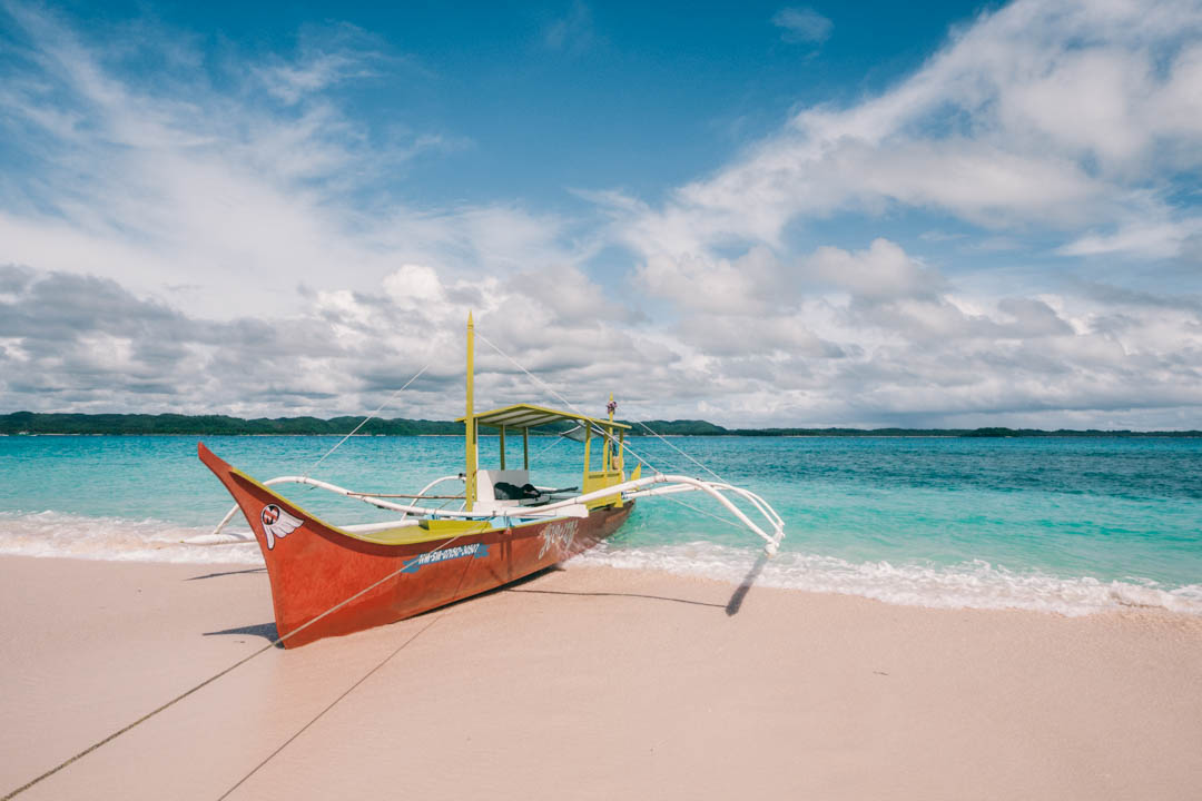 Siargao boat trip with clear water
