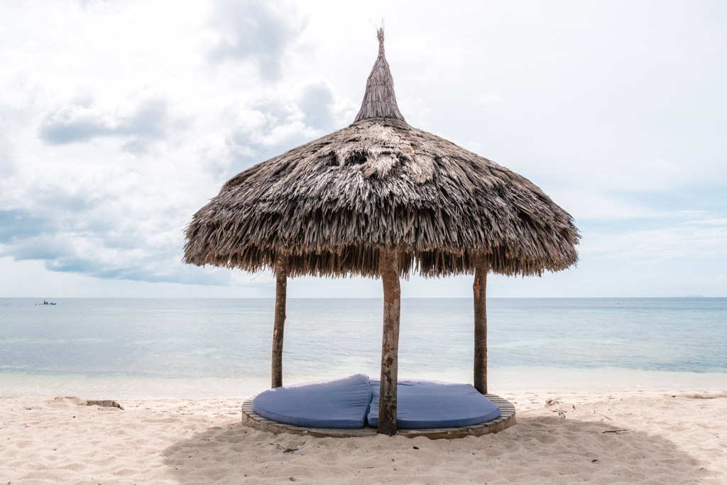 Coco Grove Resort beach