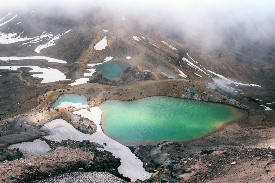 Emereld Lakes - Tongariro Alpine Crossing hike wide