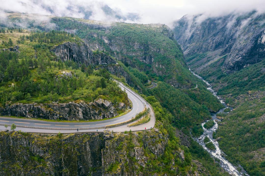 Vøringsfossen valley and road