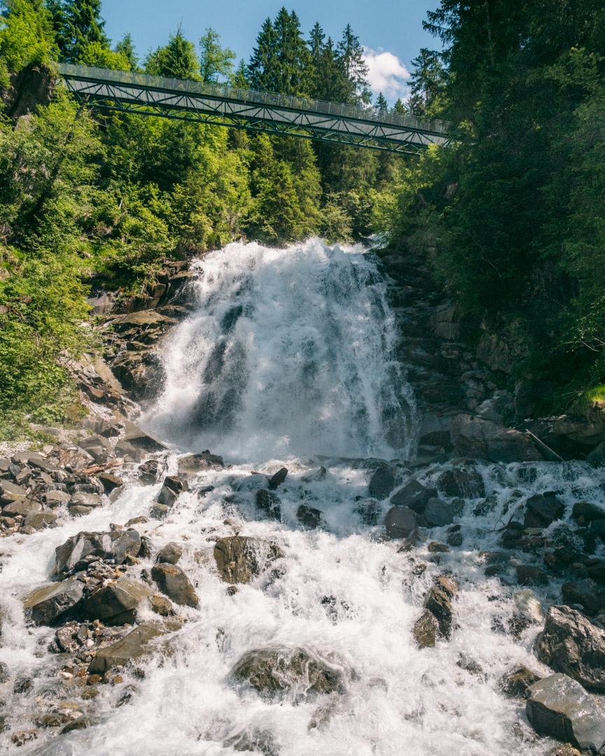 Sandes Waterfall